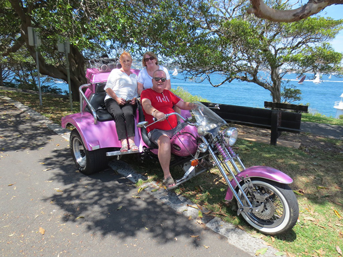 Harley trike tour North Shore