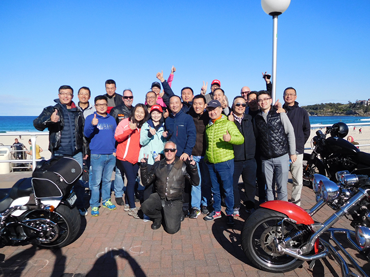 Chinese-Tour-Group-in-Sydney